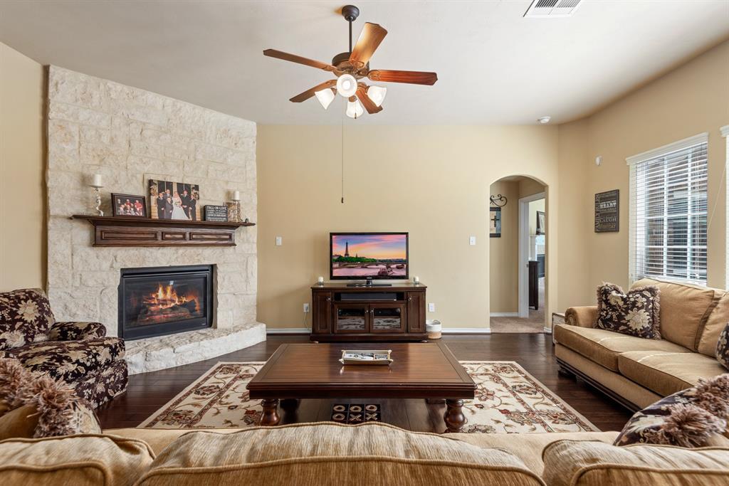 Active | 25211 Lancaster Pine  Drive Spring, TX 77389 11