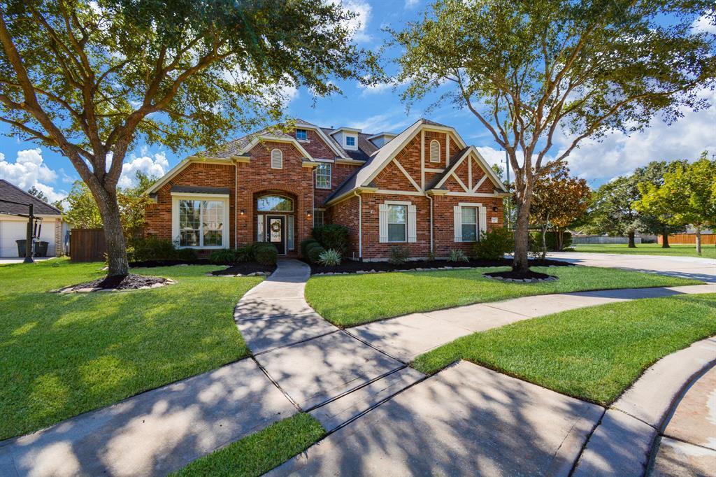 Active   26627 Granite Knoll  Lane Cypress, TX 77433 1