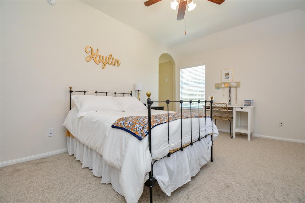 Active   26627 Granite Knoll  Lane Cypress, TX 77433 70