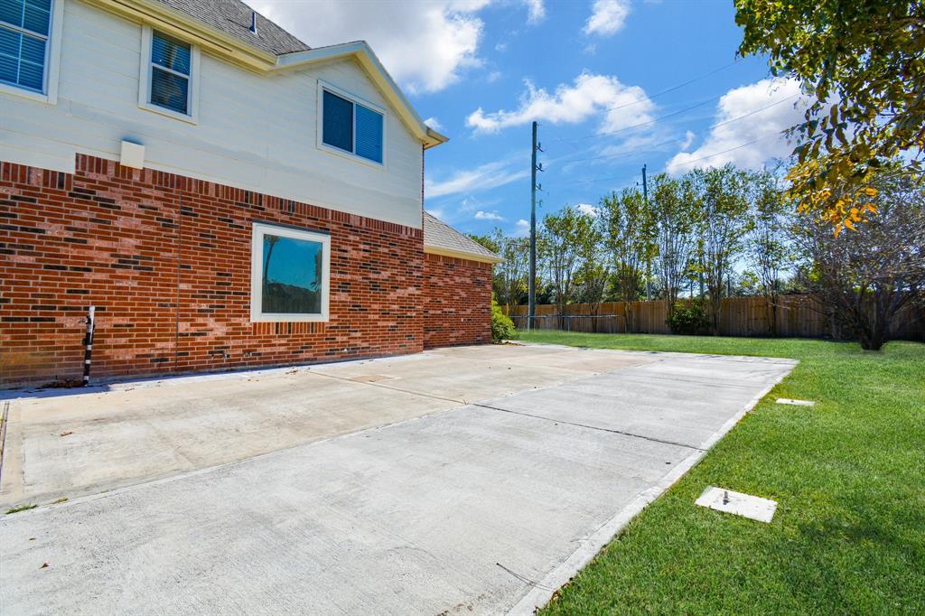 Active   26627 Granite Knoll  Lane Cypress, TX 77433 79