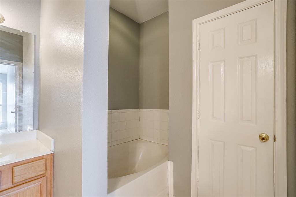 Sold Property | 6615 Sandgate  Drive Arlington, TX 76002 11