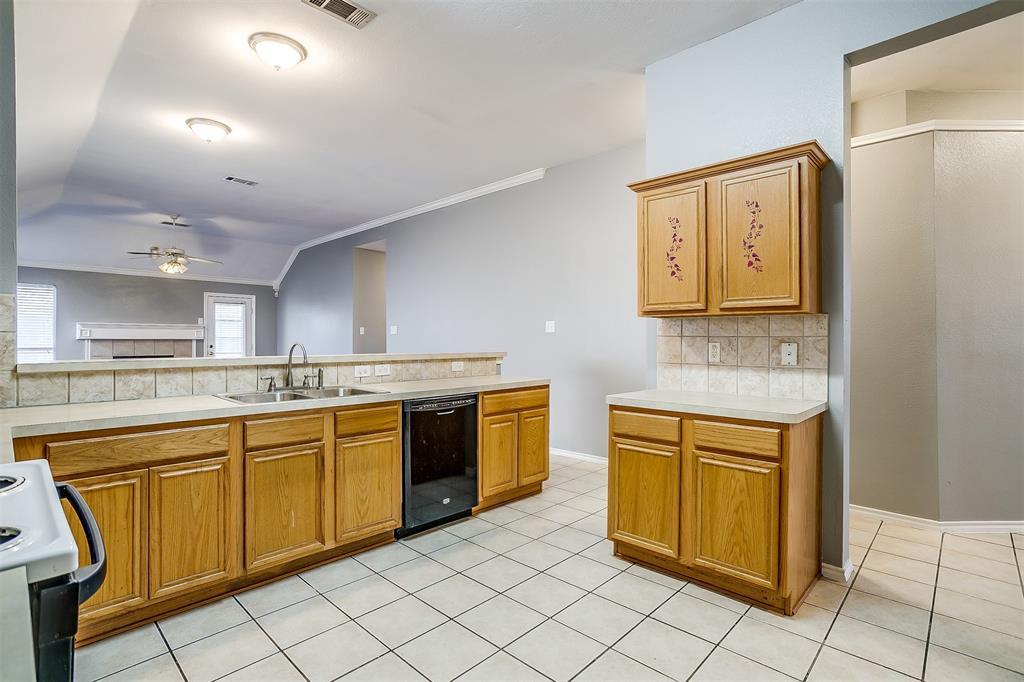 Sold Property | 6615 Sandgate  Drive Arlington, TX 76002 13