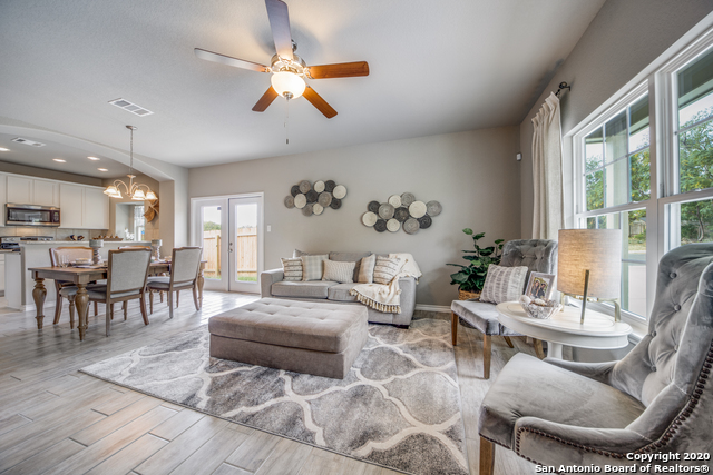 Active | 2015 Silver Oaks  Dr  #Unit G #B San Antonio, TX 78213 2