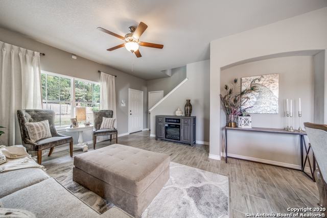 Active | 2015 Silver Oaks  Dr  #Unit G #B San Antonio, TX 78213 4