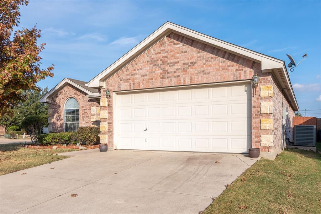 Active Option Contract | 8316 Mule Deer  Run Fort Worth, TX 76179 26