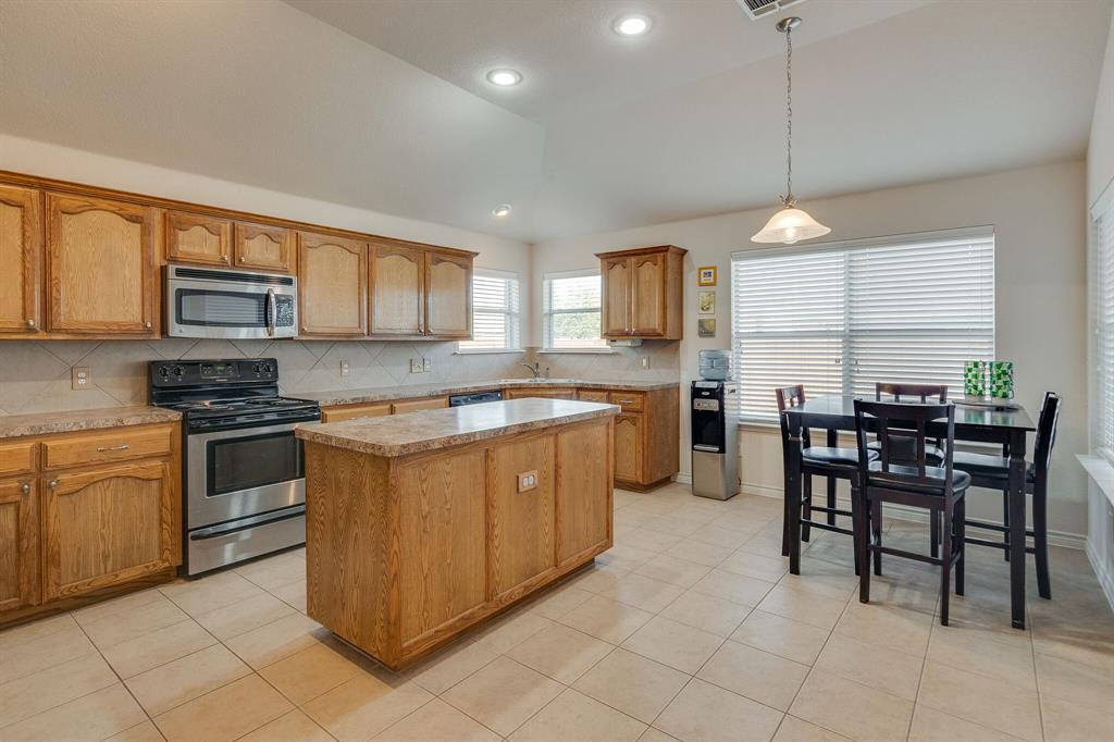 Active Option Contract | 8316 Mule Deer  Run Fort Worth, TX 76179 7