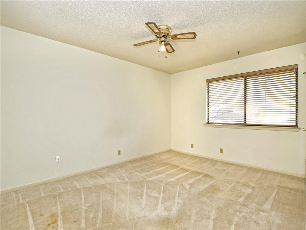 Pending   308 S Kings Canyon  Drive Cedar Park, TX 78613 20
