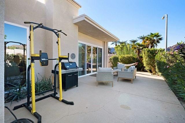 Active Under Contract   48100 Calle Seranas La Quinta, CA 92253 32