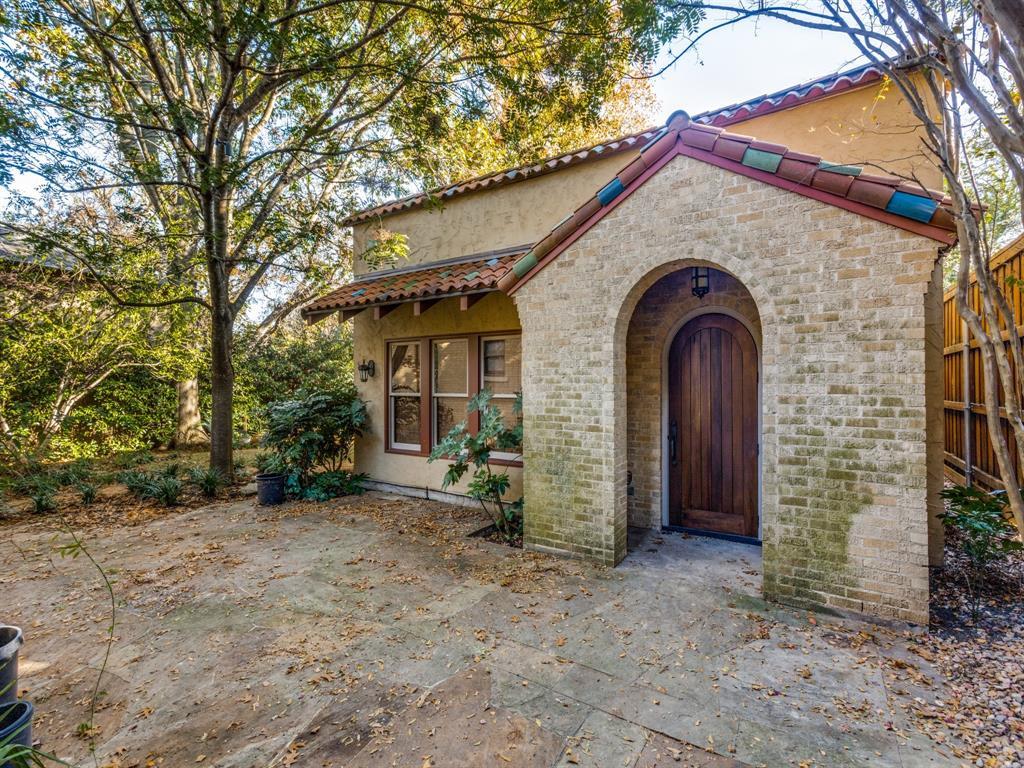 Sold Property | 7118 Lakewood Boulevard Dallas, Texas 75214 11
