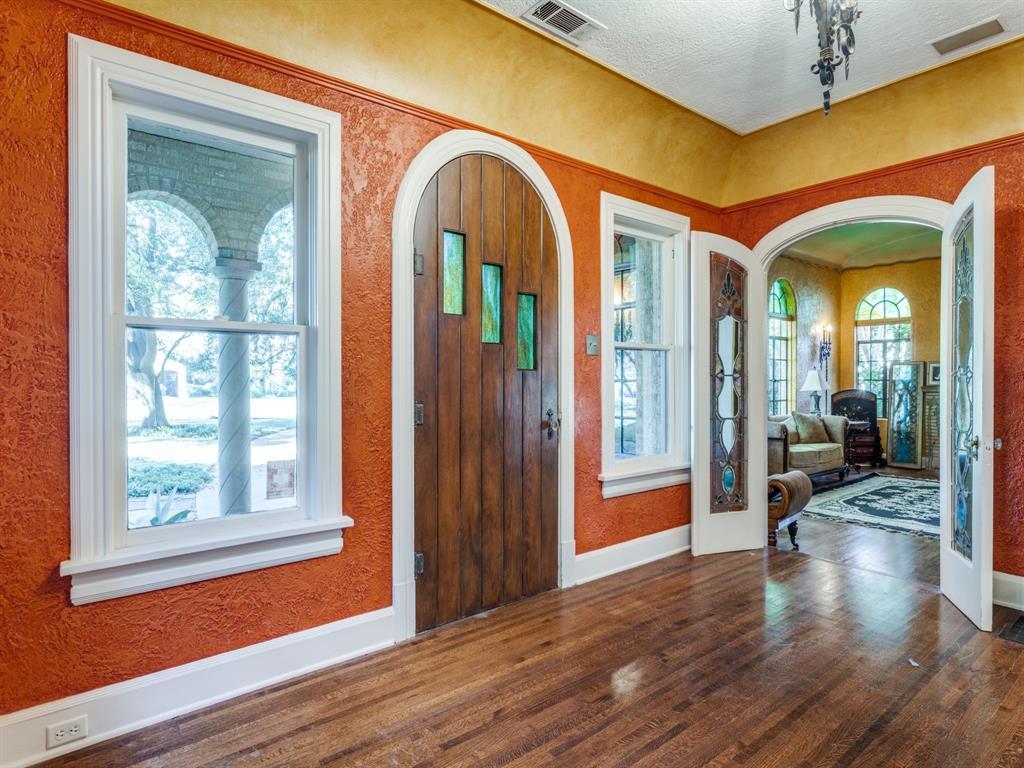 Sold Property | 7118 Lakewood Boulevard Dallas, Texas 75214 4