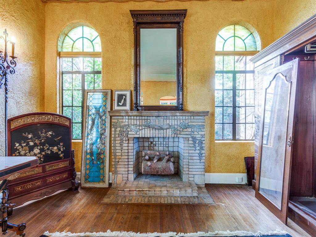 Sold Property | 7118 Lakewood Boulevard Dallas, Texas 75214 5