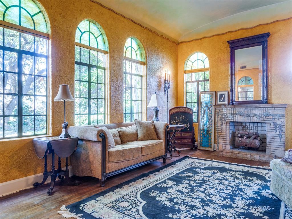 Sold Property | 7118 Lakewood Boulevard Dallas, Texas 75214 6