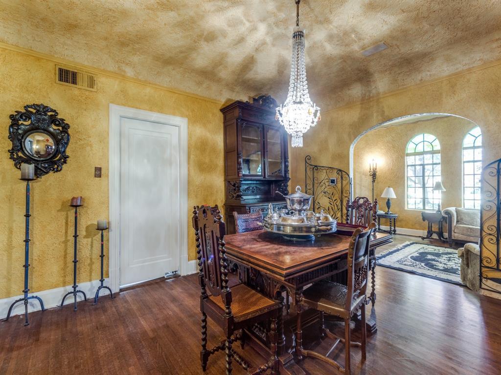 Sold Property | 7118 Lakewood Boulevard Dallas, Texas 75214 7