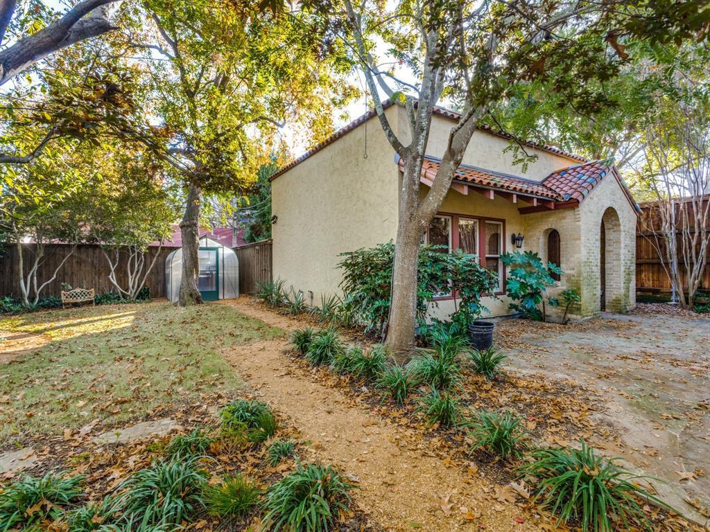 Sold Property | 7118 Lakewood Boulevard Dallas, Texas 75214 10