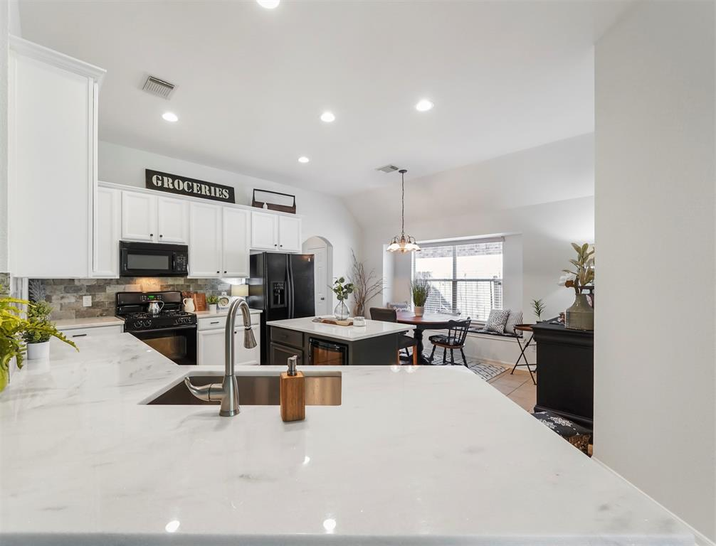 Option Pending | 15806 River Raven  Court Cypress, TX 77429 12