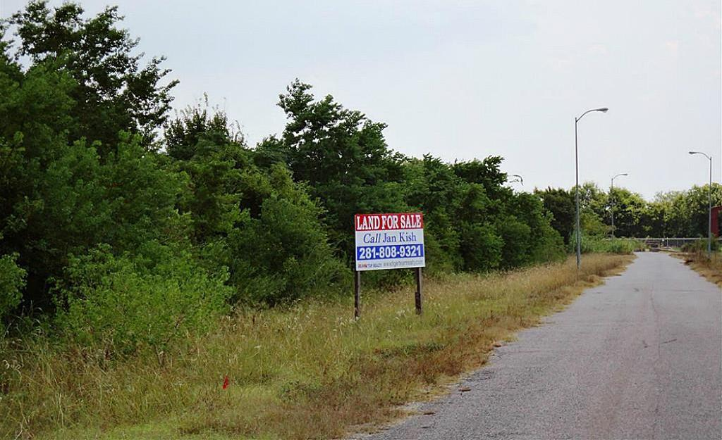 Active | 0 Lettie Avenue Houston, Texas 77075 11