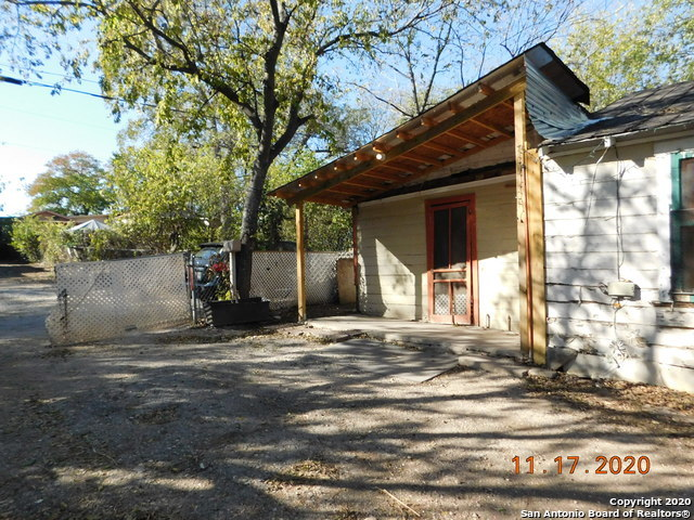 New | 607 Monclova Alley San Antonio, TX 78207 2