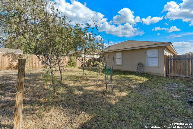 Active Option | 723 BOBCAT CRK San Antonio, TX 78251 17