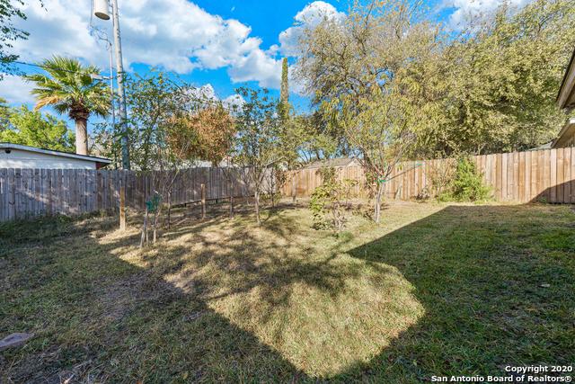 Active Option | 723 BOBCAT CRK San Antonio, TX 78251 18