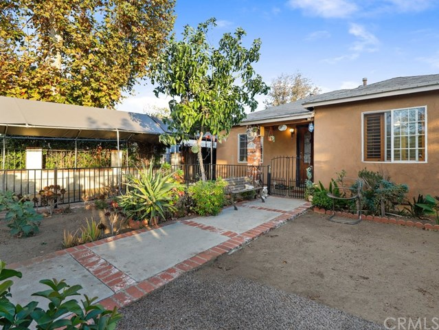 Active Under Contract | 13582 Dyer  Street Sylmar, CA 91342 1