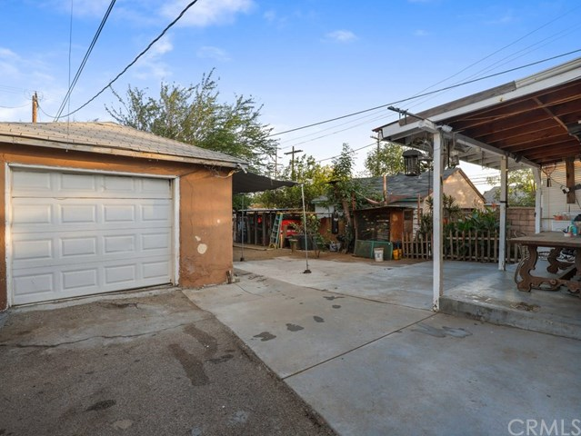 Active Under Contract | 13582 Dyer  Street Sylmar, CA 91342 10