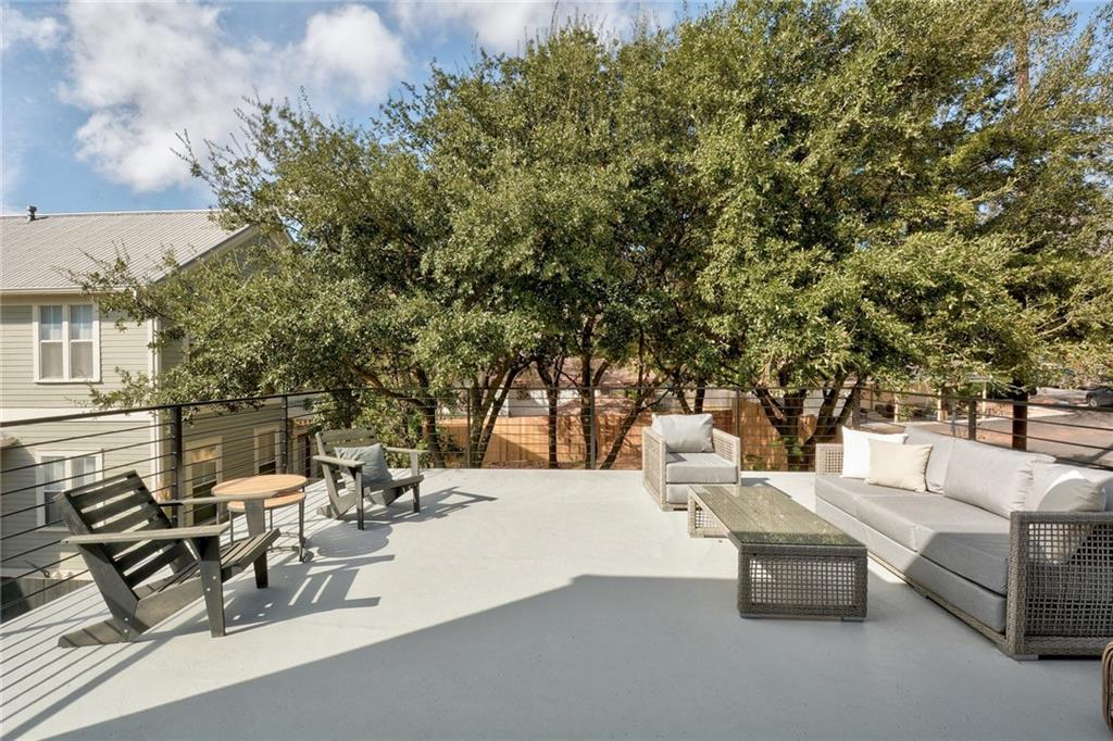 Active Under Contract | 1210 E 10th  Street Austin, TX 78702 24