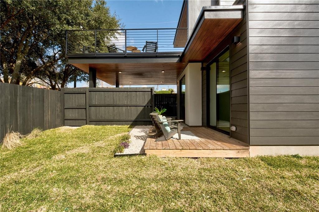 Active Under Contract | 1210 E 10th  Street Austin, TX 78702 27