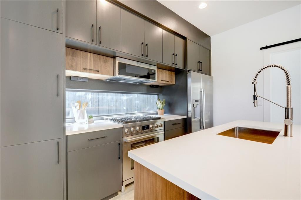 Active Under Contract | 1210 E 10th  Street Austin, TX 78702 8