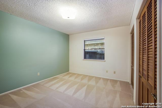 New   4511 MEREDITH WOODS ST San Antonio, TX 78249 25