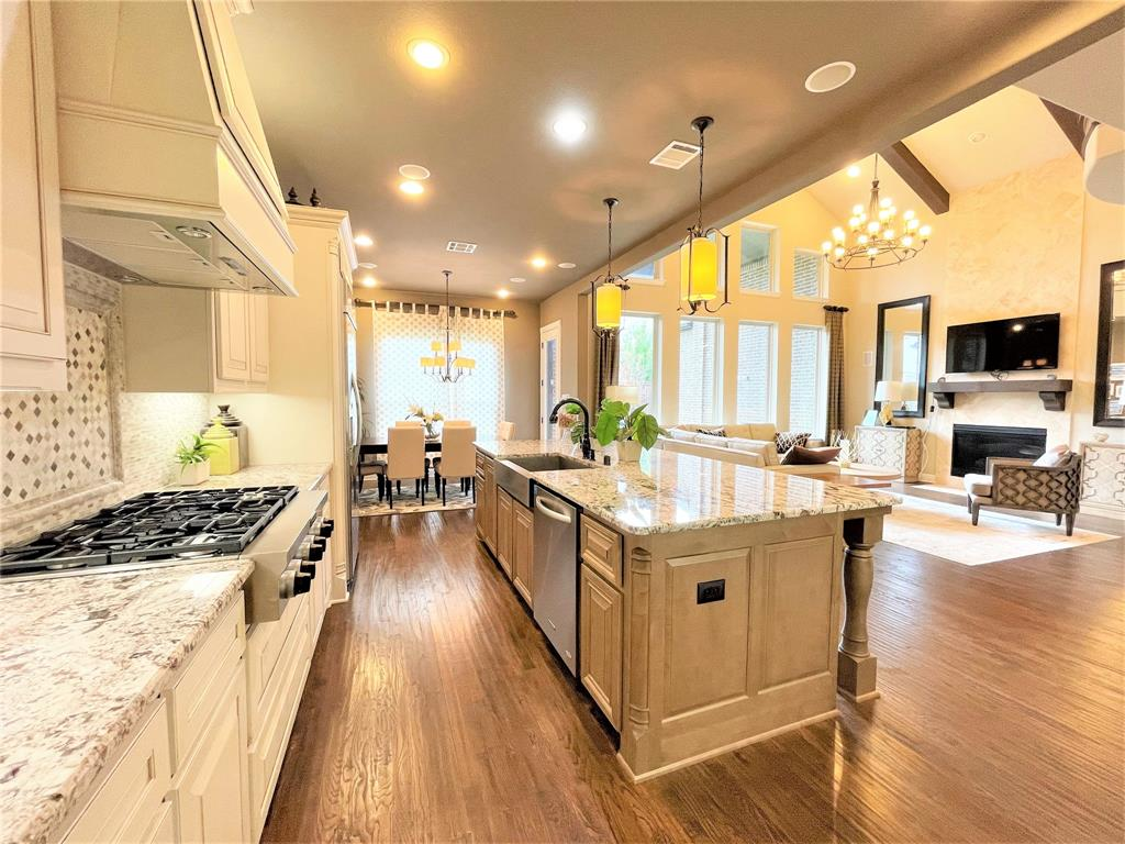 Active | 2014 Ironside  Drive Plano, TX 75075 8