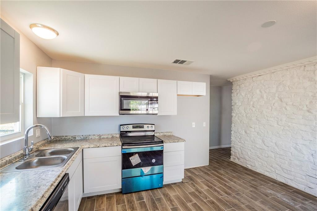 Active Under Contract | 1113 Long Meadow  Drive Round Rock, TX 78664 7