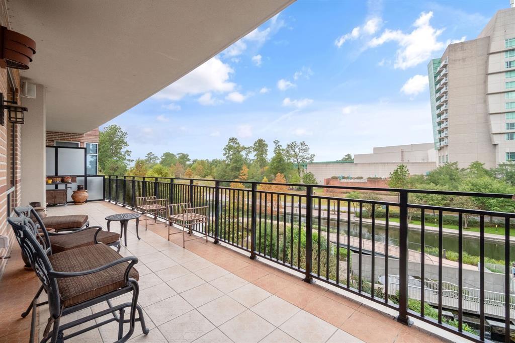 Active | 3 Waterway Court #3B The Woodlands, Texas 77380 26