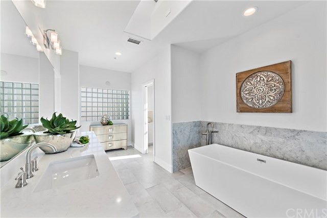 Closed | 421 Calle Robles San Clemente, CA 92672 55
