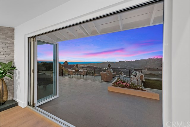 Closed | 421 Calle Robles San Clemente, CA 92672 5