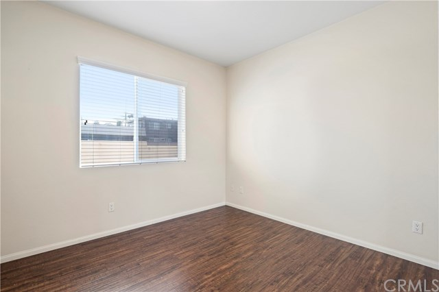 Closed | 172 W Paramount Street Azusa, CA 91702 14