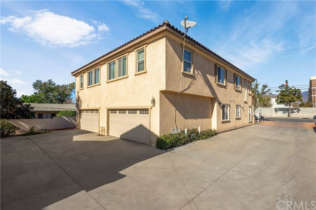 Active | 172 W Paramount  Street Azusa, CA 91702 38