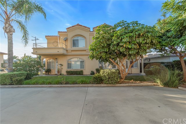 Closed | 10639 La Reina Avenue #104 Downey, CA 90241 0