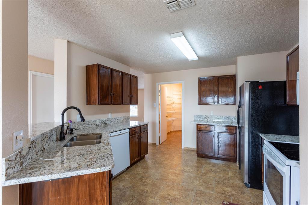 Leased   1409 Ridgecrest  Drive Little Elm, TX 75068 11
