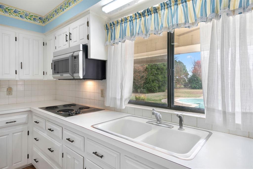 Sold Property | 3943 Ranch Estates  Drive Plano, TX 75074 5