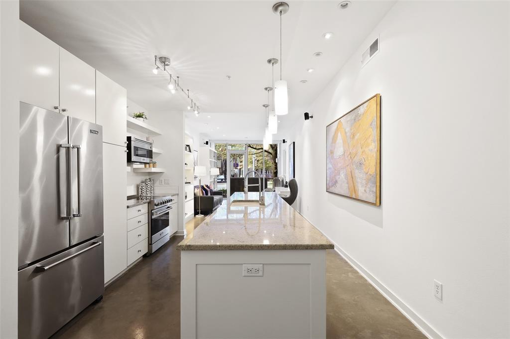 Sold Property | 2950 Mckinney Avenue #101 Dallas, Texas 75204 11