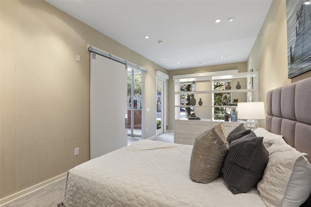Sold Property | 2950 Mckinney Avenue #101 Dallas, Texas 75204 20