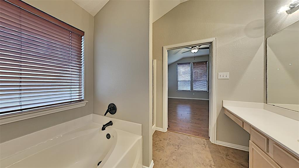 Sold Property | 1015 Port Boliver  Drive Little Elm, TX 75068 11