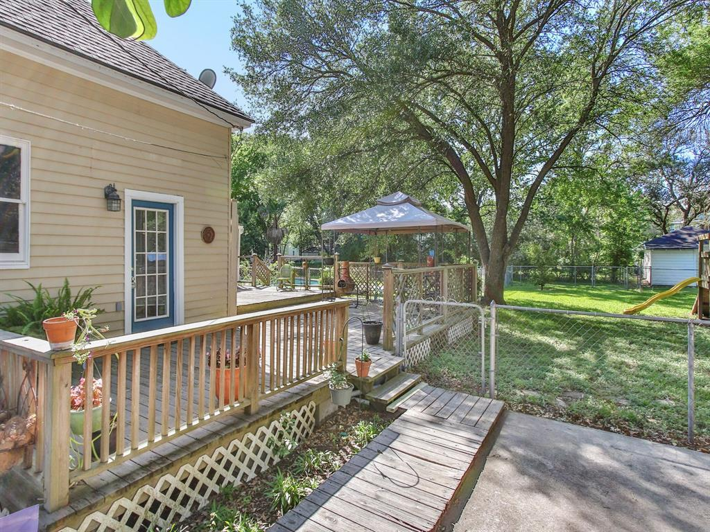Sold Property   509 Strickland Avenue Eagle Lake, Texas 77434 34