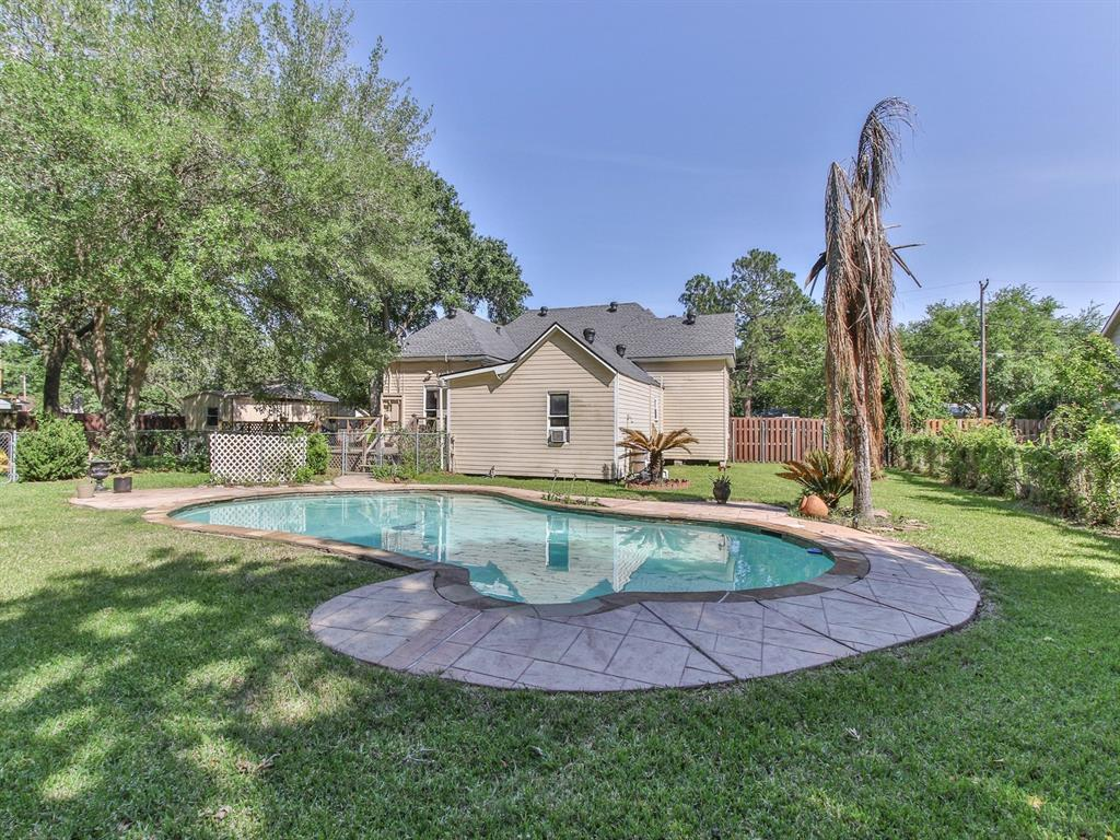 Sold Property   509 Strickland Avenue Eagle Lake, Texas 77434 38