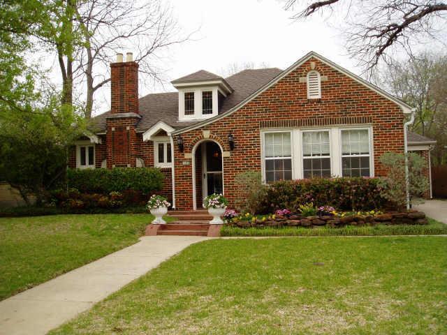 Sold Property   6831 CLAYTON Avenue 0