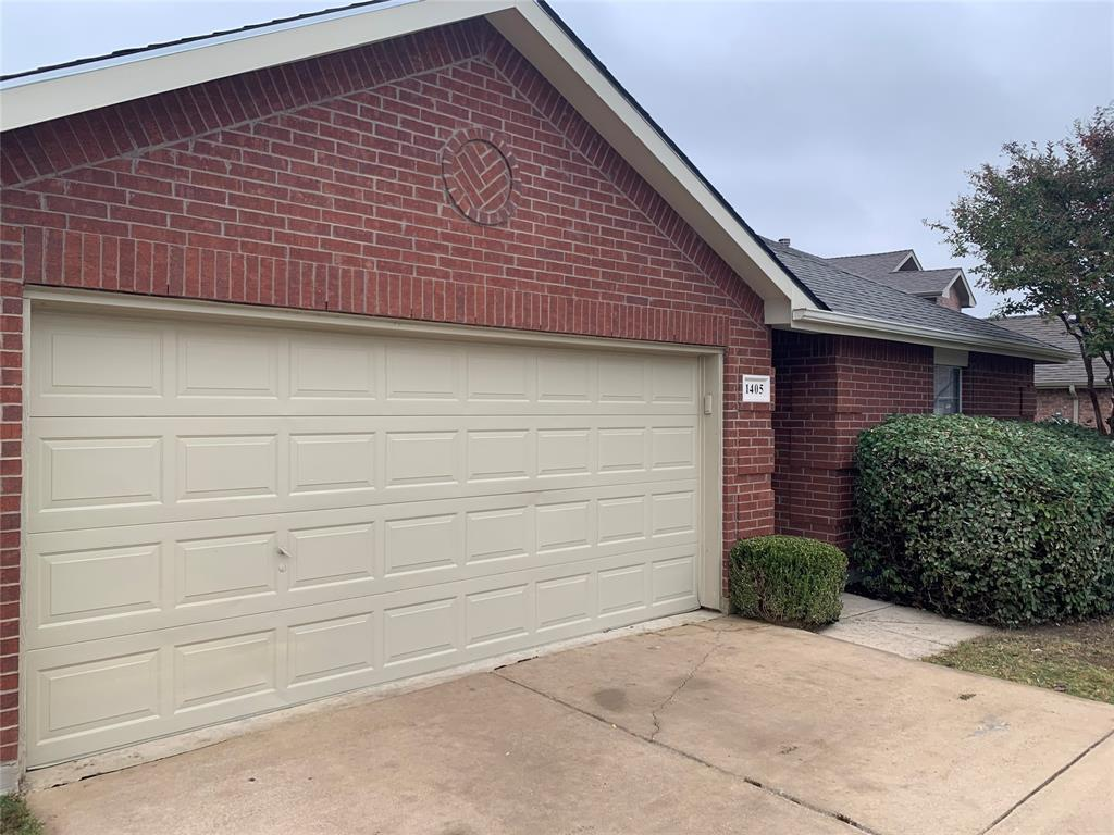 Active | 1405 Whitewater  Drive Little Elm, TX 75068 1