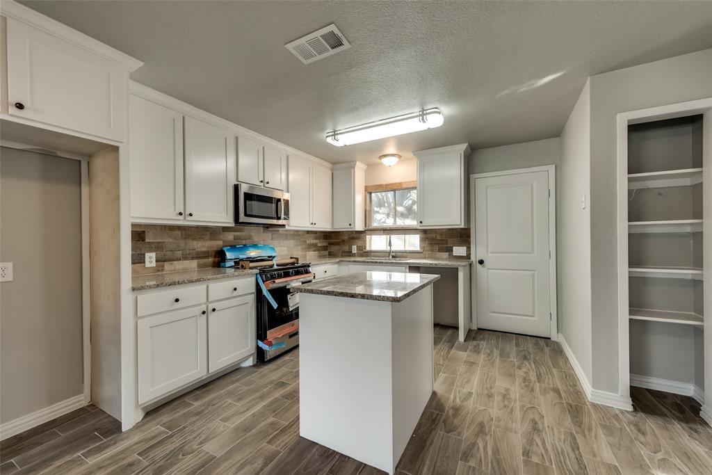 Sold Property   2315 Quinto  Drive Dallas, TX 75227 10