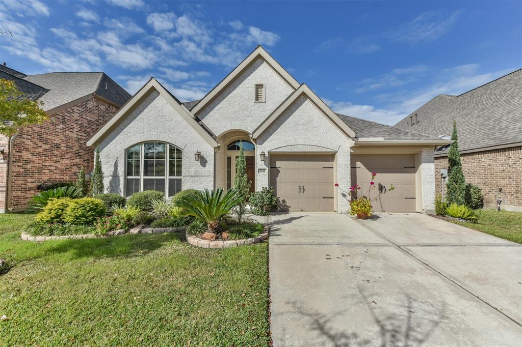 Off Market | 3818 Trophy Ridge Drive Spring, Texas 77386 1