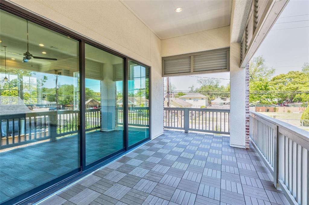 Sold Property | 14977 Oak Street Addison, Texas 75001 3