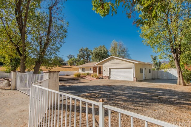 Closed | 10601 Independence  Avenue Chatsworth, CA 91311 0